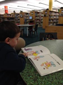 Tarde gostosa na biblioteca