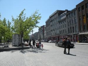 Rua principal entre a regiao do Porto e a cidade historica